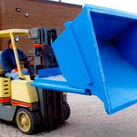 Easily removable roll-forward hopper bucket.